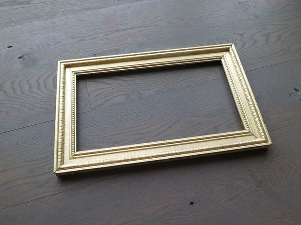 crown moulding picture frame