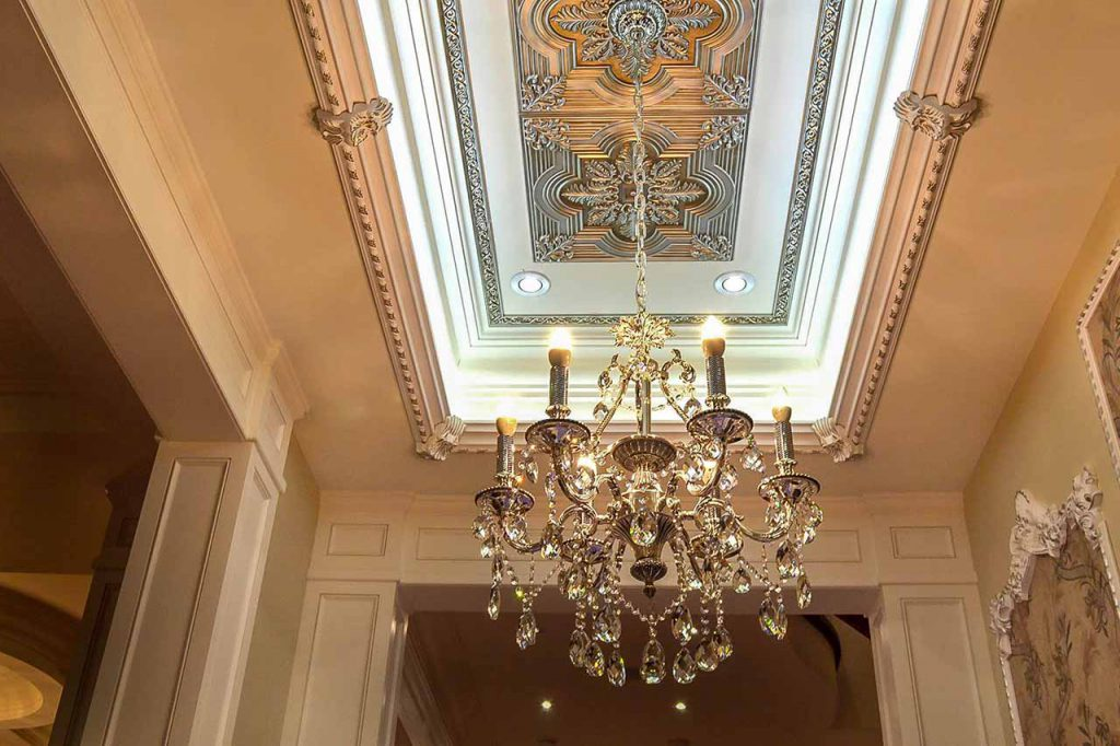 luxury ceiling decor